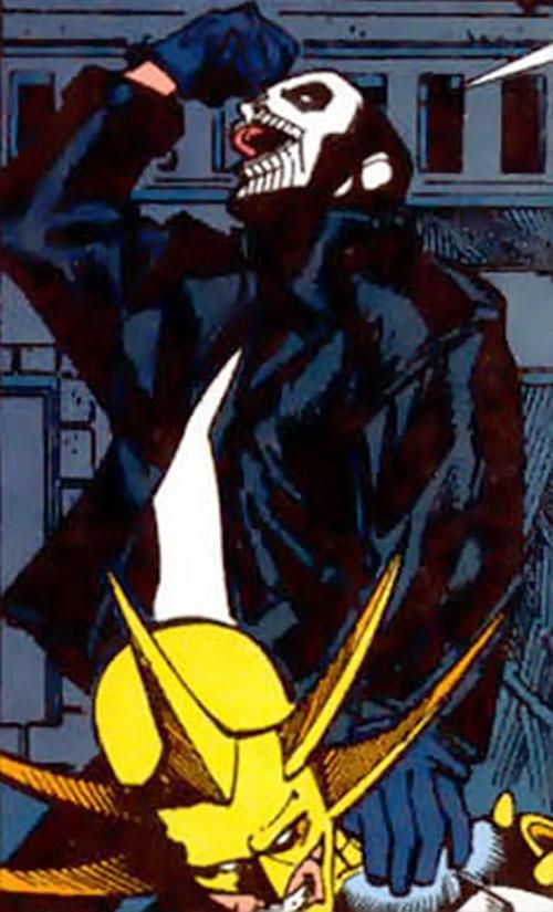Deathgrip of Dial V for Villain (DC Comics) vs. Aztek
