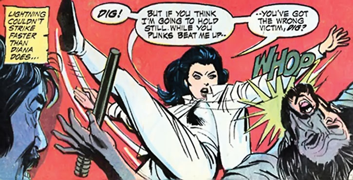 Diana Prince (Wonder Woman) beats off muggers
