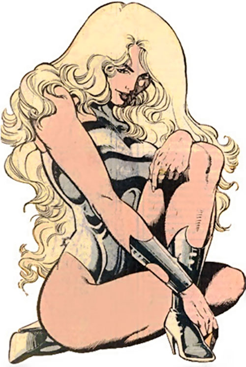 Dream Girl of the Legion of Super-Heroes (pre-reboot) (DC Comics) glamour pose
