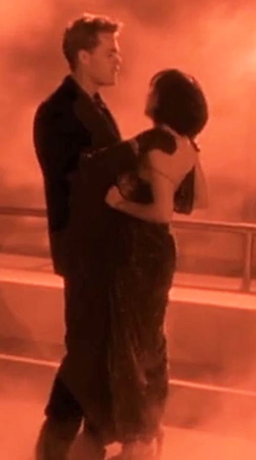 Dream Sorcerer (Matt Shulze in Charmed) dancing with Prue