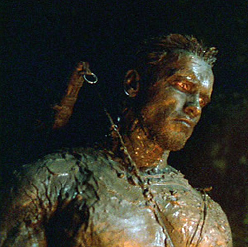 Dutch Schaeffer (Arnold Schwarzenegger in Predator) covered in mud