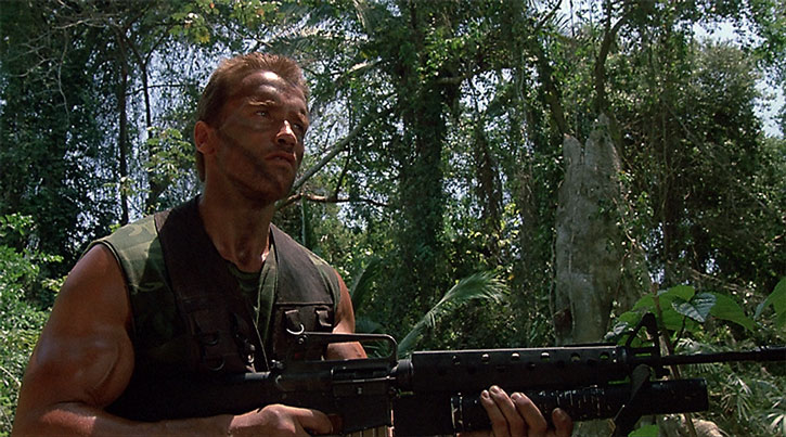 Dutch Schaefer (Arnold Schwarzenegger) in the jungle