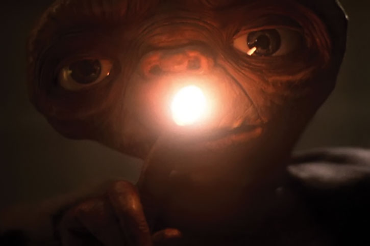 E.T. with glowing fingertip