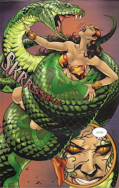 Ebony attacks Darna in giant snake form (Mango Comics)