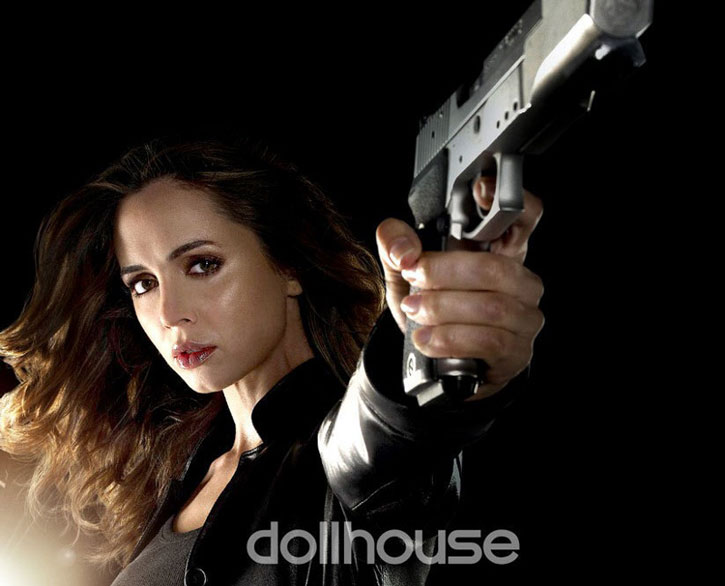 Echo (Caroline Farrell) pointing a pistol