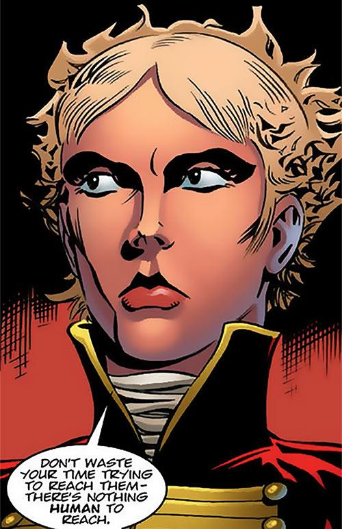 Emmanuelle Chekhov - Nikolai Dante comics - Imperial vampire slayer - 2000 AD