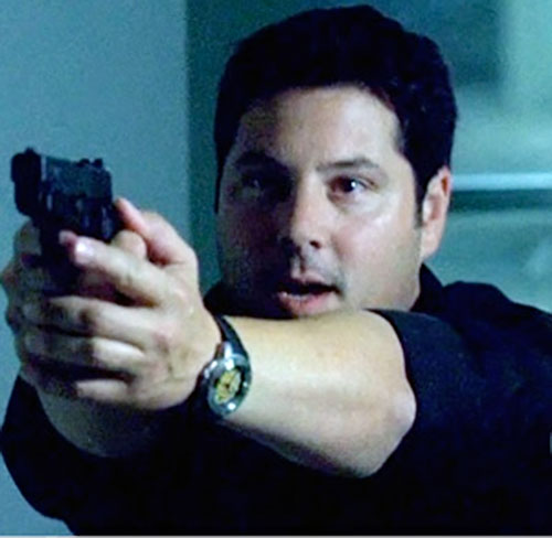 Eric Weiss (Greg Grunberg in Alias) aiming a pistol