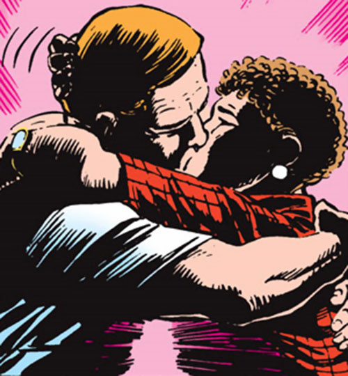 Etta Candy-Trevor (Wonder Woman ally) (DC Comics) kissing Steve