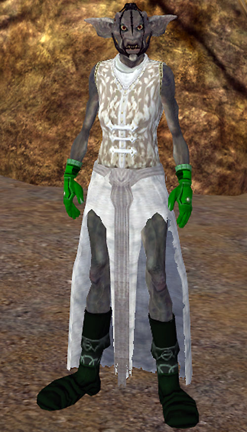 Everquest II female troll - standing with big boots