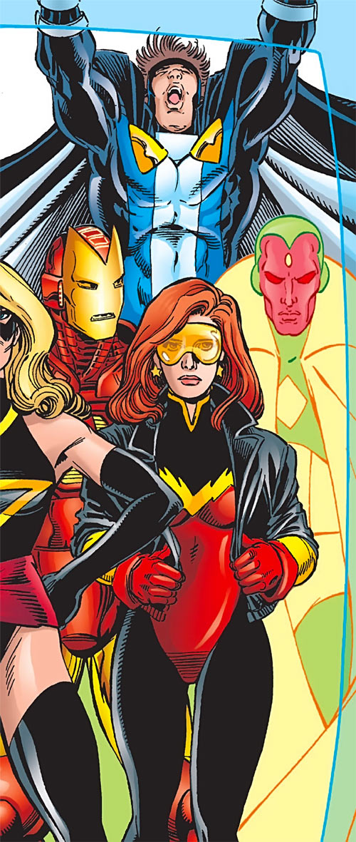 Firestar (Marvel Comics) (Avengers ; New Warriors) posing with Avengers Pérez