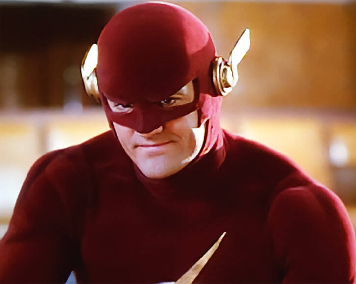 Flash (TV Series) (John Wesley Shipp) smiling