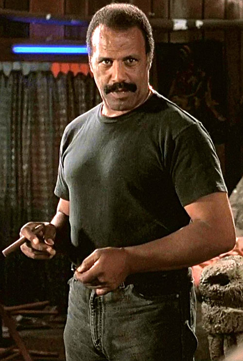 Frost the Vietnam veteran (Fred hammer Williamson in Dusk till Dawn)