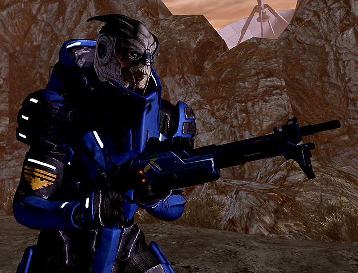ME2 Garrus holding an Incisor rifle