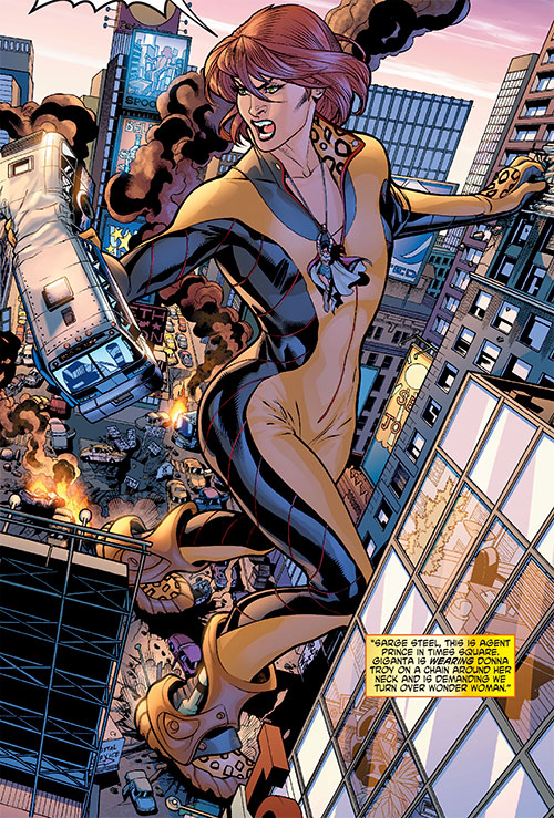 Giganta (Wonder Woman enemy) (DC Comics) rampaging in Manhattan