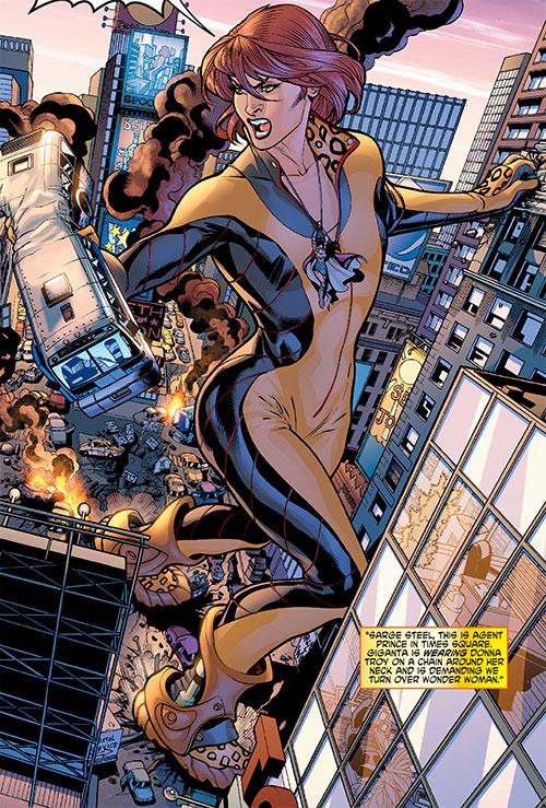 Giganta (Wonder Woman enemy) (DC Comics) rampaging in Manhattan