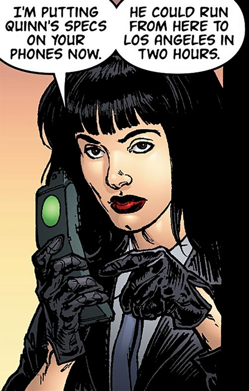 Global Frequency comics - Big Wheel tactical team - Miranda Zero with leather gloves
