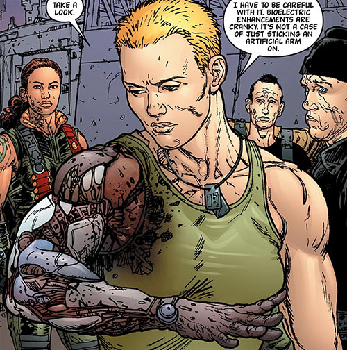 Global Frequency comics - Big Wheel tactical team - Bionic arm
