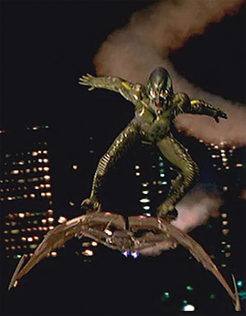 Green Goblin (Willem Dafoe in the Spider-Man movie) flying at night in Manhattan