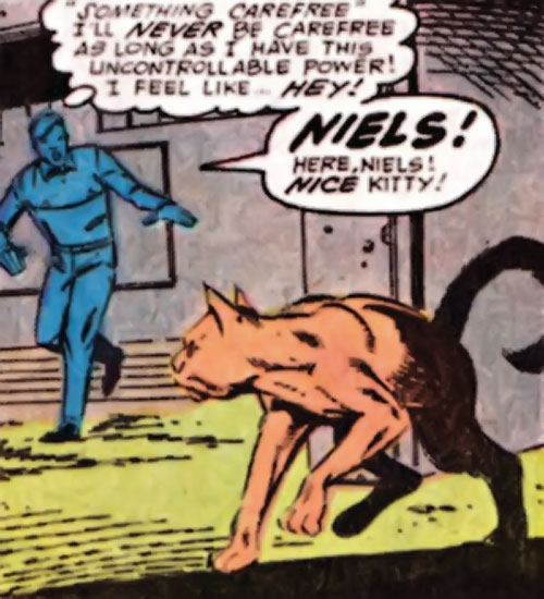 Niels the Cat (Speedball character) (Marvel Comics) avoiding Robbie Baldwin