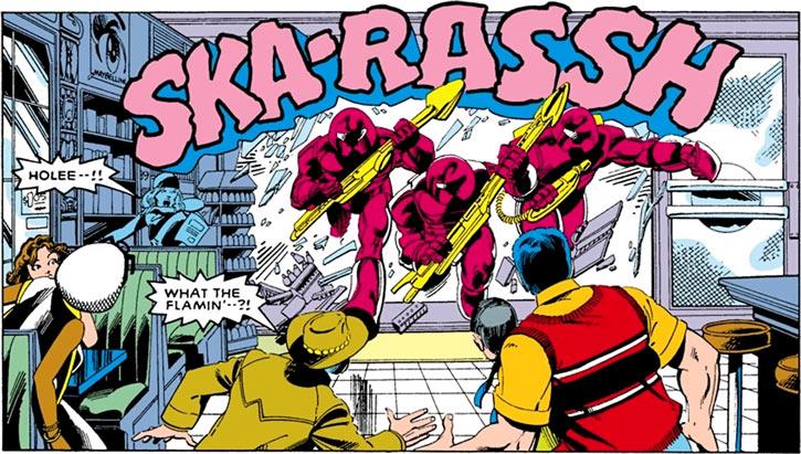 Hellfire Club (Marvel Comics) (Sebastian Shaw 1) - Mandroids attacking X-Men