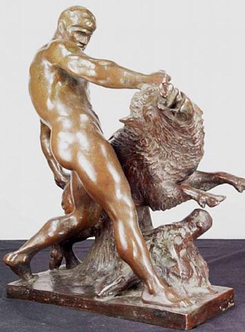 Hercules (mythology) - statue wrestling boar