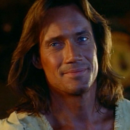 Hercules (Kevin Sorbo in Legendary Journeys) smiling