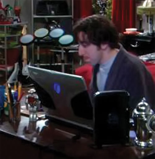 Howard Wolowitz (Simon Helberg in Big Bang Theory) working