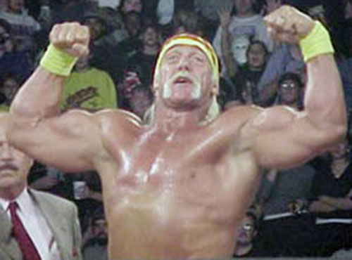 Hulk Hogan flexing in the ring