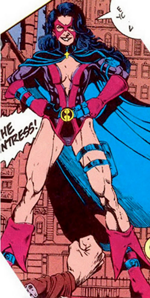 Huntress (Helena Bertinelli) (DC Comics) early costume 2/2