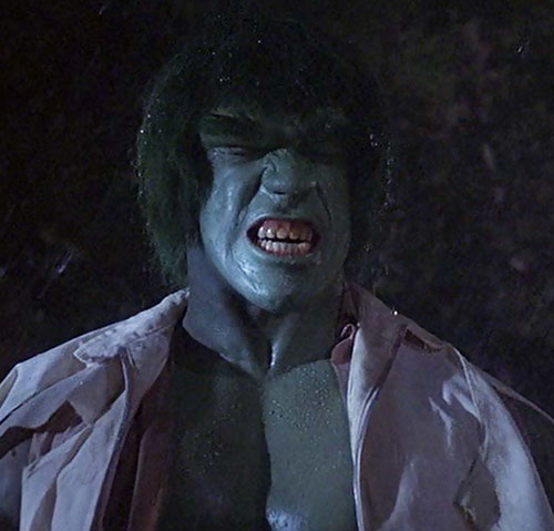 Hulk (Lou Ferrigno / Bill Bixby TV show) - Hulk roaring in the rain