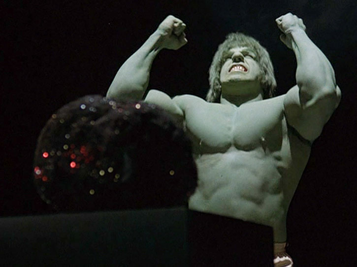 The Incredible Hulk (Lou Ferrigno) raging
