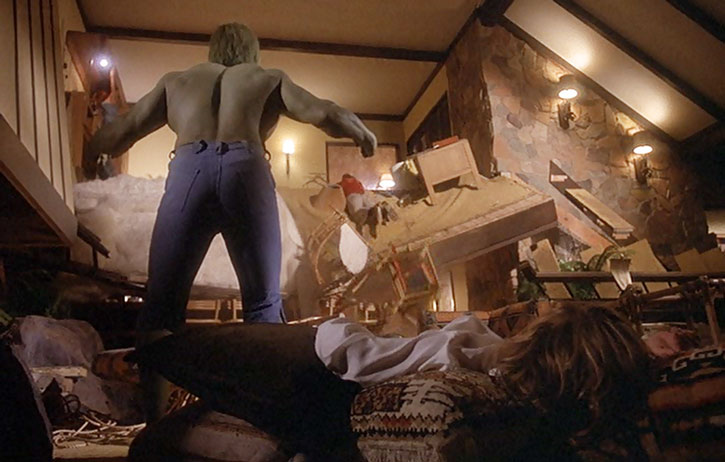 The Incredible Hulk (Lou Ferrigno) in a devastated house
