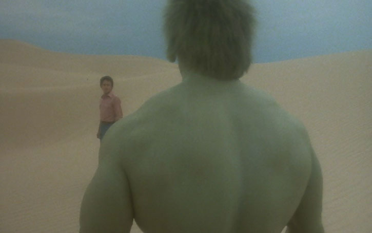 Bruce Banner (Bill Bixby) faces the Hulk in a desert