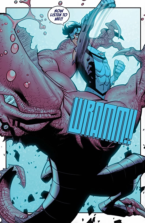 Invincible (Image Comics) vs. Dinosaur