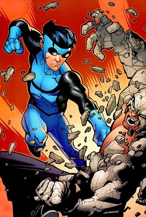 Invincible (Image Comics) in the blue costume vs. Titan