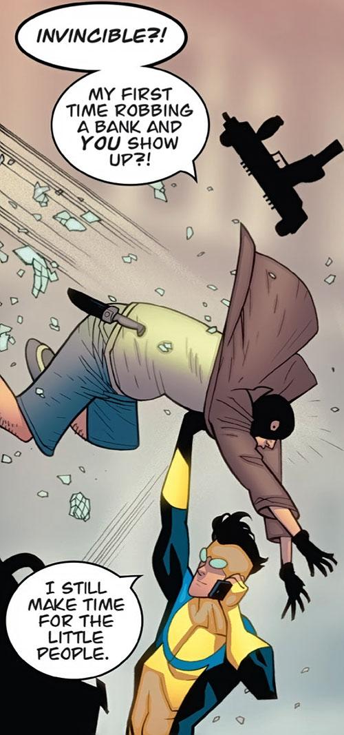 Invincible (Image Comics) handles a bank robber