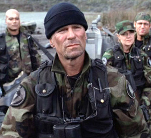 Jack O'Neill (Richard Dean Anderson in Stargate) and SG-1 in the field