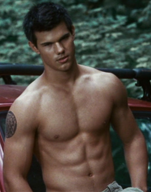 Jacob Black (Taylor Lautner in Twilight) shirtless