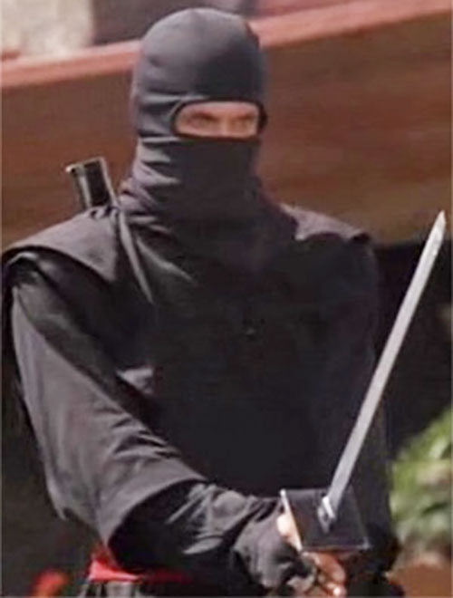 Joe Armstrong (Michael Dudikoff in American Ninja) with a ninja to