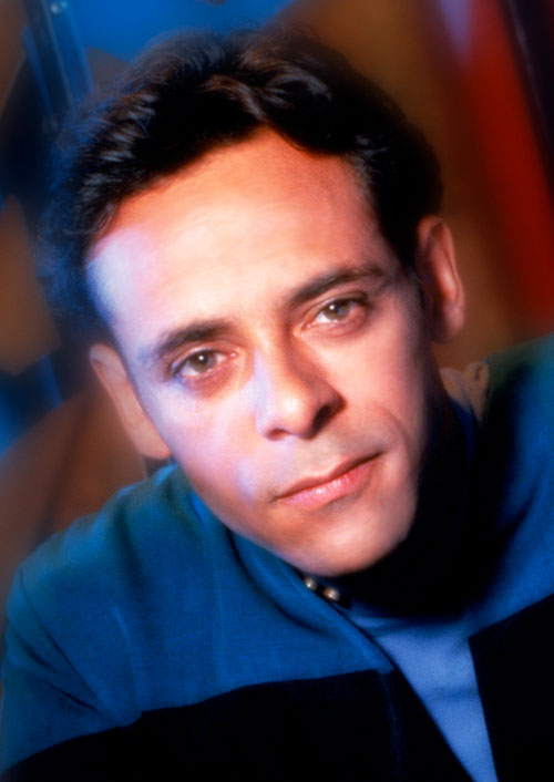 Julian Bashir (Alexander Siddig in Star Trek) face closeup
