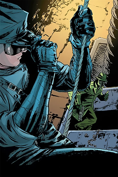 Kato (Green Hornet Dynamite Comics Wagner) climbing up