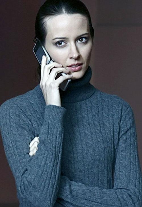 Kelly Peyton (Amy Acker in Alias)