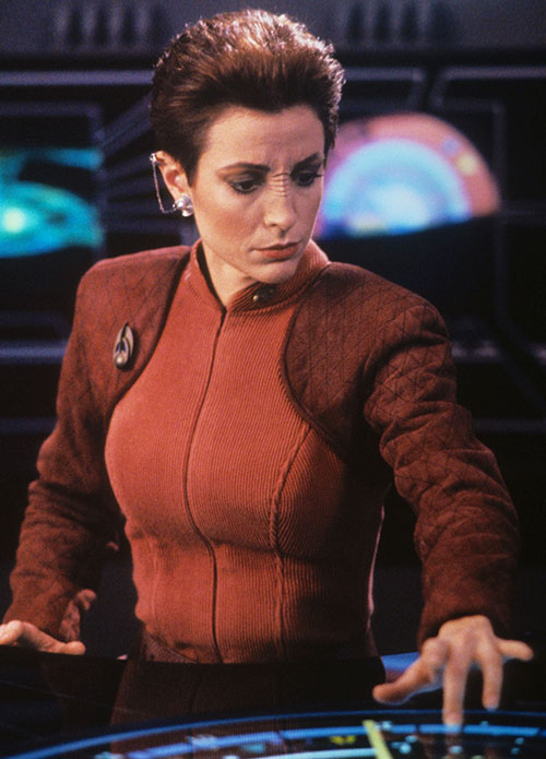 Kira Nerys (Nana Visitor in Star Trek) using some tech
