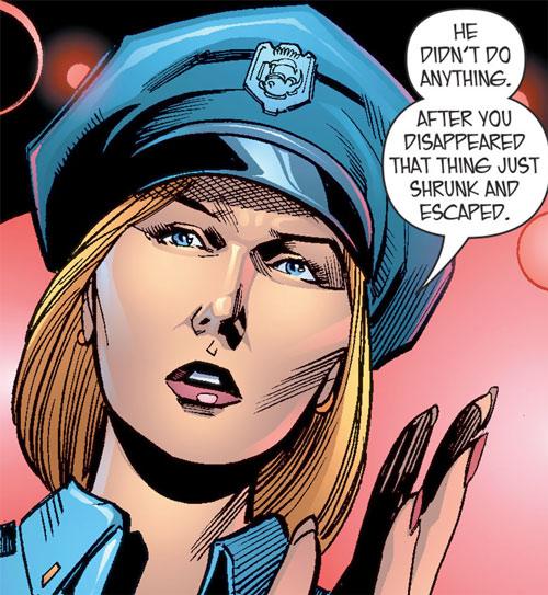 Lady Cop - DC Comics - All-New Atom - Liza Warner