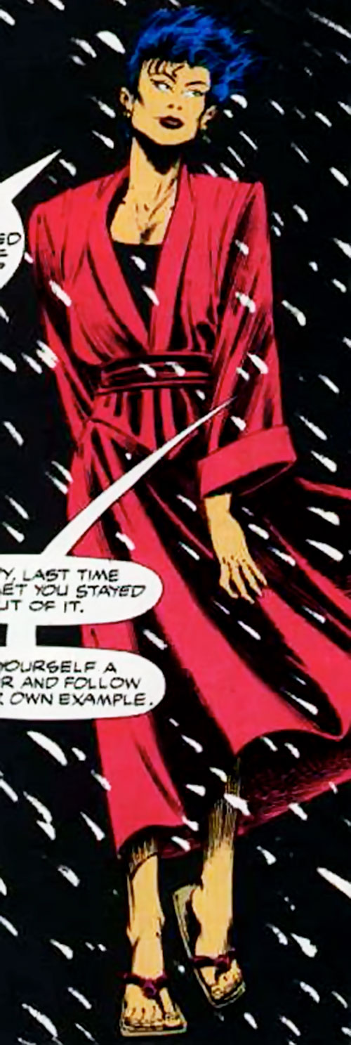 Lady Shiva (The Question) about to kill Vic Sage