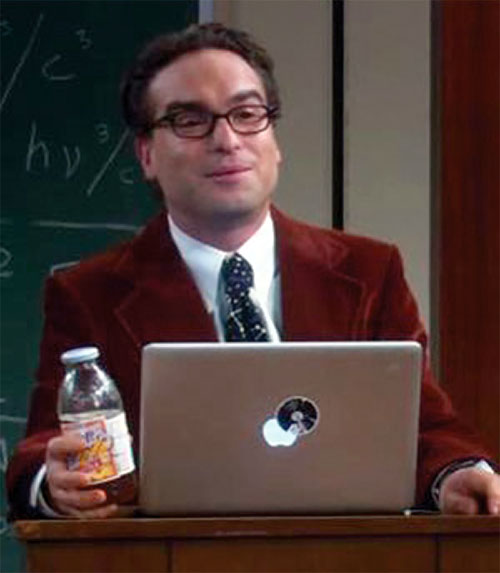 Leonard Hofstadter (Johnny Galecki in Big Bang Theory) with his MacBook and a red vest