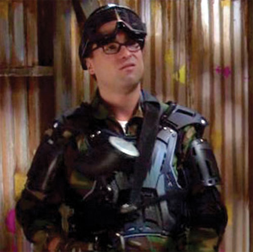 Leonard Hofstadter (Johnny Galecki in Big Bang Theory) in paintball gear