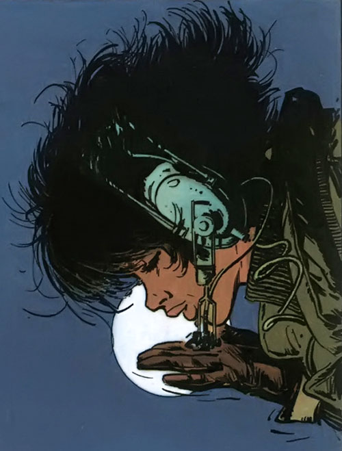 Lieutenant Jones (XIII comics) blowing a kiss