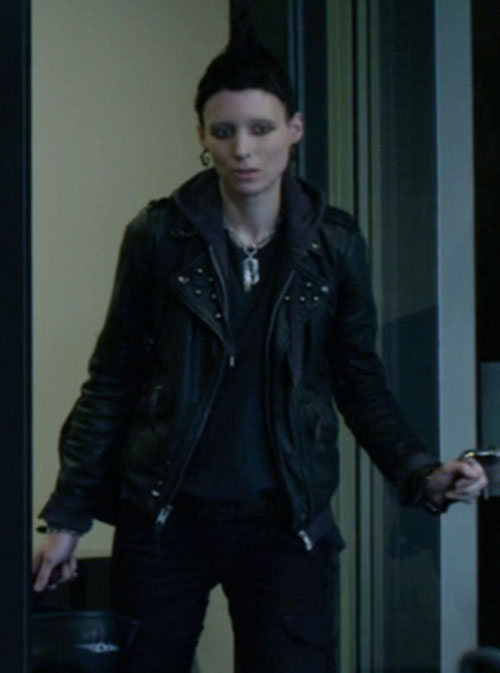 Lisbeth Salander (Movie version) (Rooney Mara take) opening a door