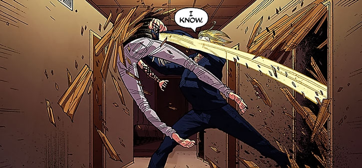 Luther Strode fights in a corridor